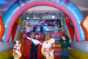 Fiestas de cumpleaños infantiles en Las Cuevas del Príncipe de Navalcarnero